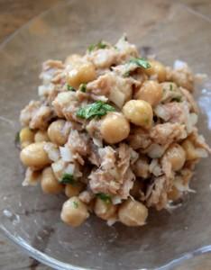ひよこ豆とツナのサラダ画像.docx